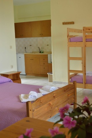 gallery pension nikos rooms